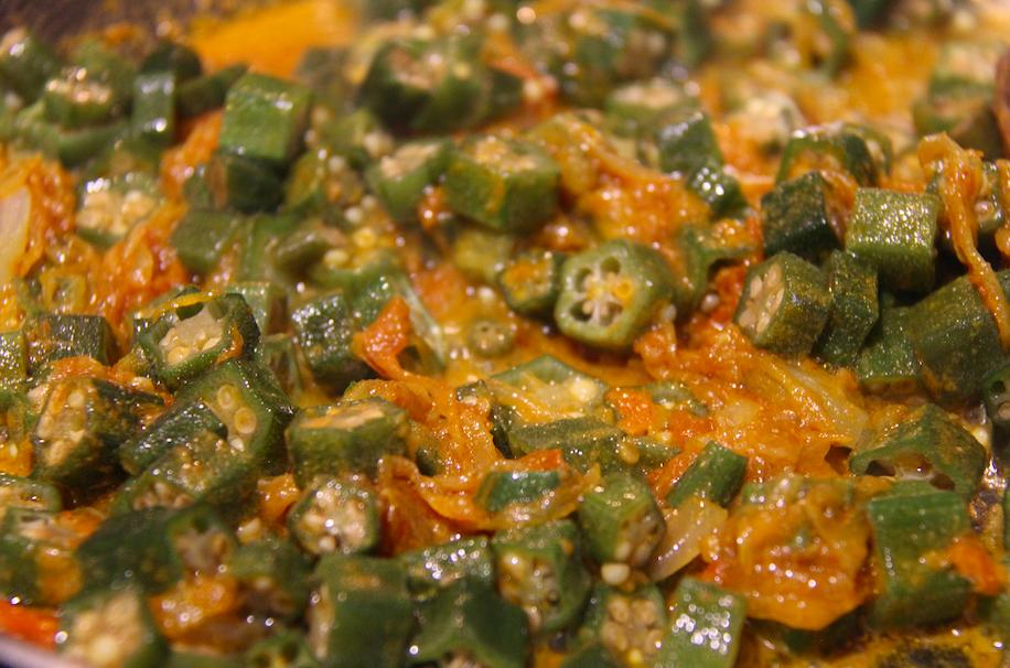 Delicious & Simple Recipe For Bhindi (Okra)