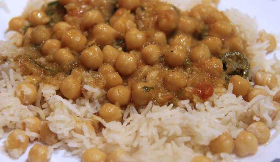 Cooking : Chanay Ka Salan With Rice | Chickpea Gravy | Garbanzo Beans | Pakistani/Indian Recipe
