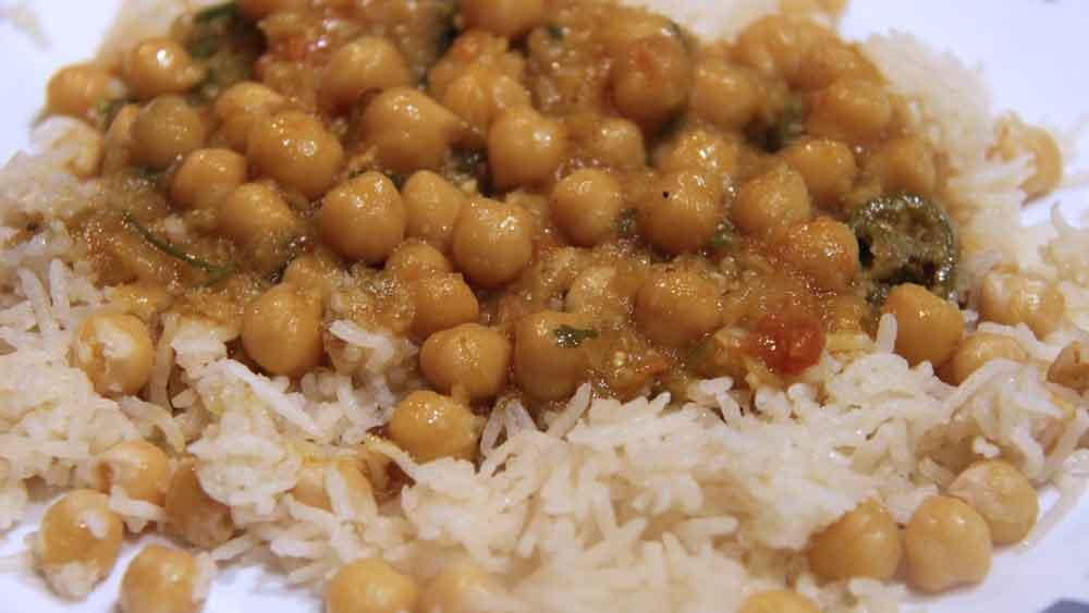 Cooking : Chanay Ka Salan With Rice | Chickpea Gravy | Garbanzo Beans | Pakistani/Indian Recipe